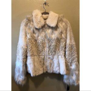 Laundry by Shelli Segal ivory faux fur jacket